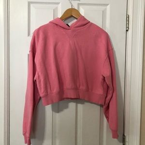 Pink cropped top sweater